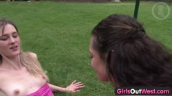 Girls Out West - Skinny lesbians in the backyard