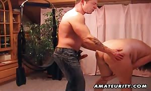 new comer couple amateur gonzo action on a strap-on system: face fuck, anus playing and bang ending with cumshot. amazing.